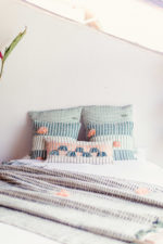 Zuahaza - woven bed cover and pillows